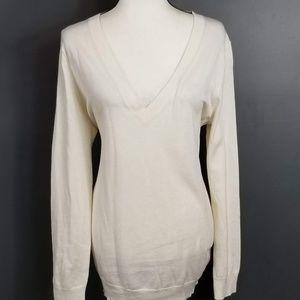 GAP White V neck light silk sweater NWT Large